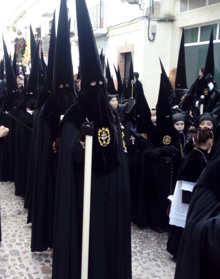 Nazarenos fila pavera